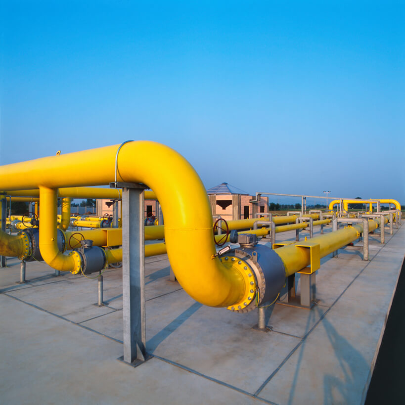 yellow gas pipelines